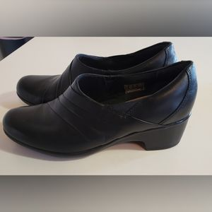 Clarks Channing Ann Slip-On Loafer 9.5 NWT